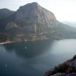 Гора Сокол, вид с моря, из Нового Света